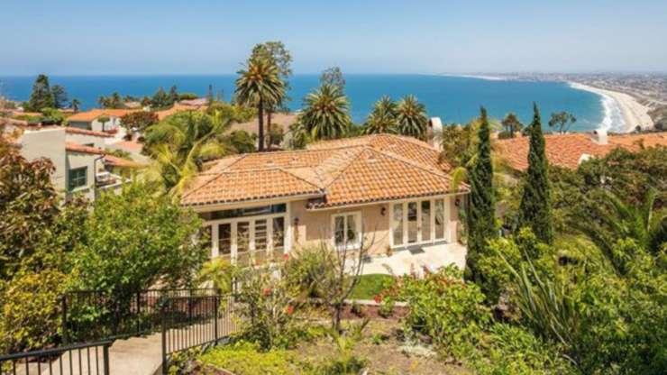 New HOME LISTING: 820 Via Somonte, Palos Verdes Estates, CA 90274