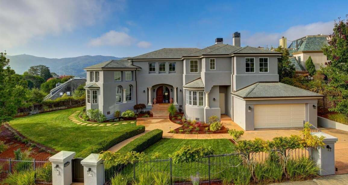 Moving to Mill Valley? 115 Great Circle Dr Mill Valley CA 94941