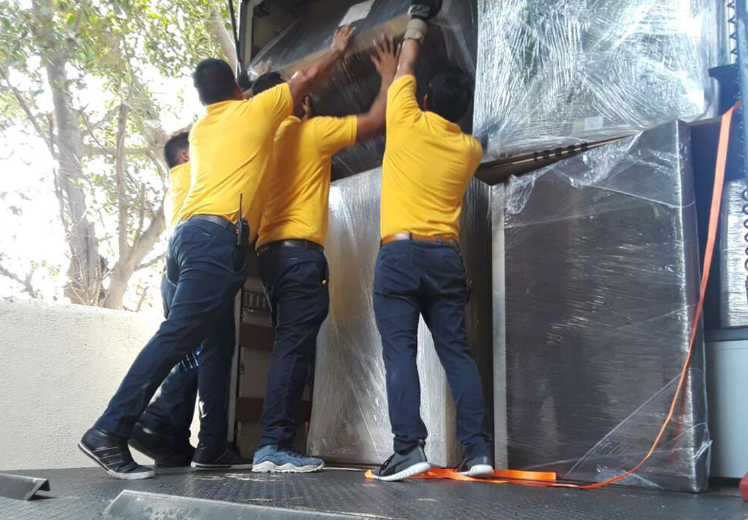 Movers Newport Beach