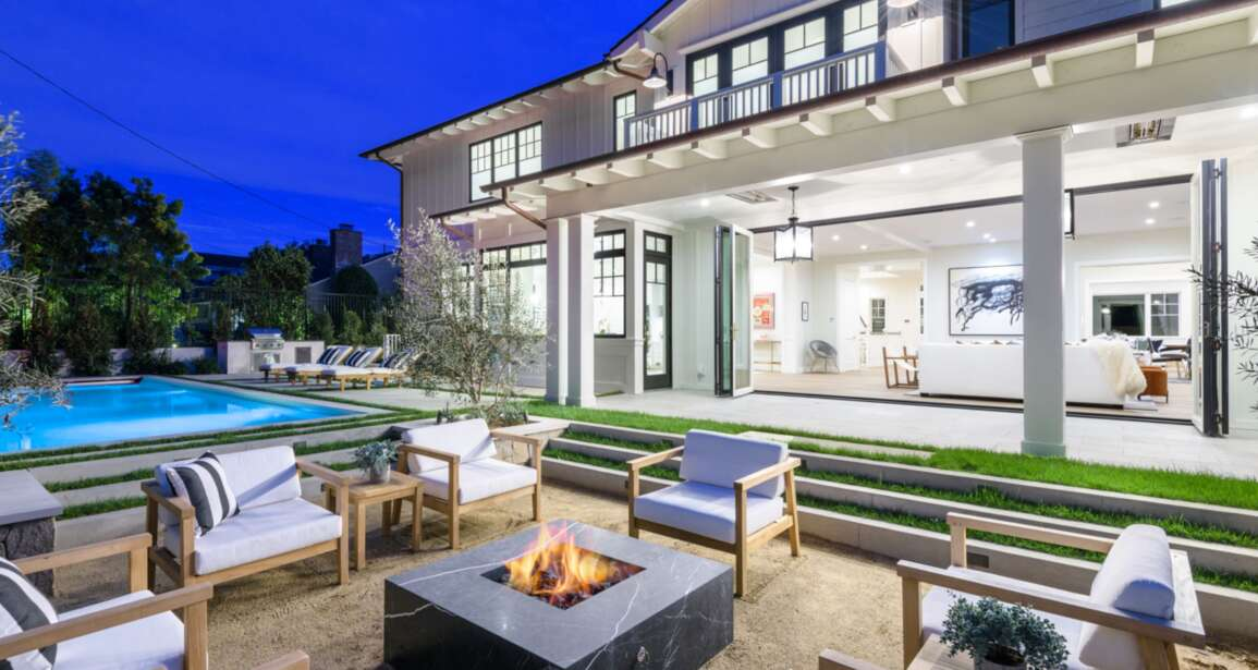 New Home Listing: 21 Esparta Way Santa Monica 90402