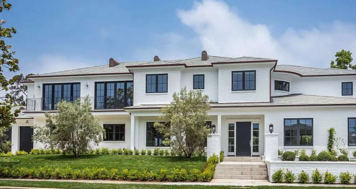 Luxury Living: 14967 Camarosa Dr Pacific Palisades, CA 90272